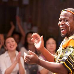 皆が一つに笑顔になれるアフリカ音楽を使ったチームビルディング